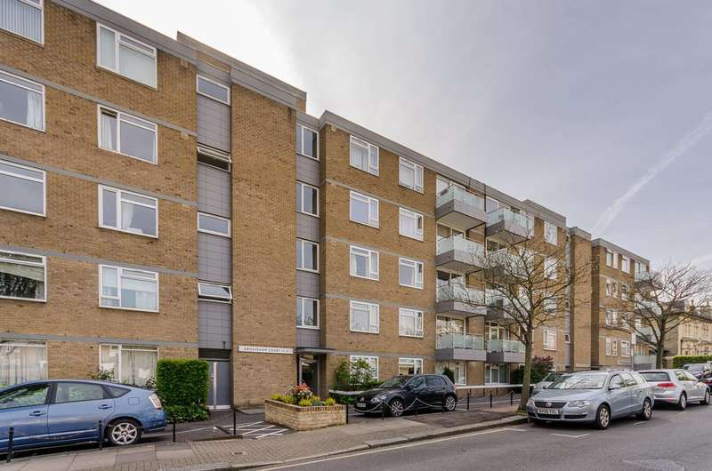 2 Bedrooms Flat for sale in Rayners Road, Putney, SW15