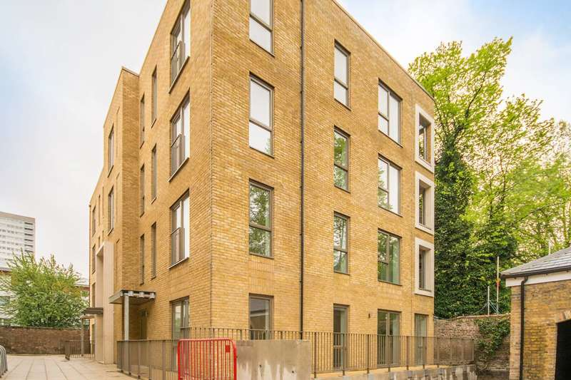 2 Bedrooms Flat for sale in St Clements, Mile End, E3
