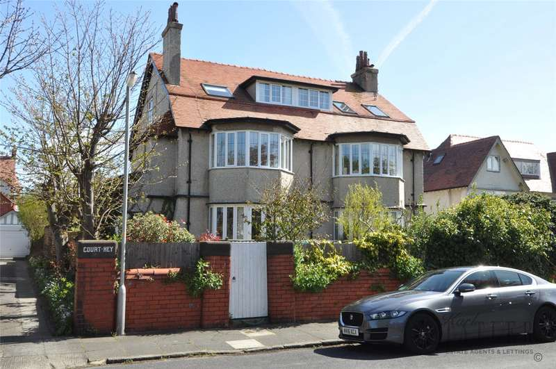 2 Bedrooms Flat for sale in Courtenay Road, Hoylake, Wirral