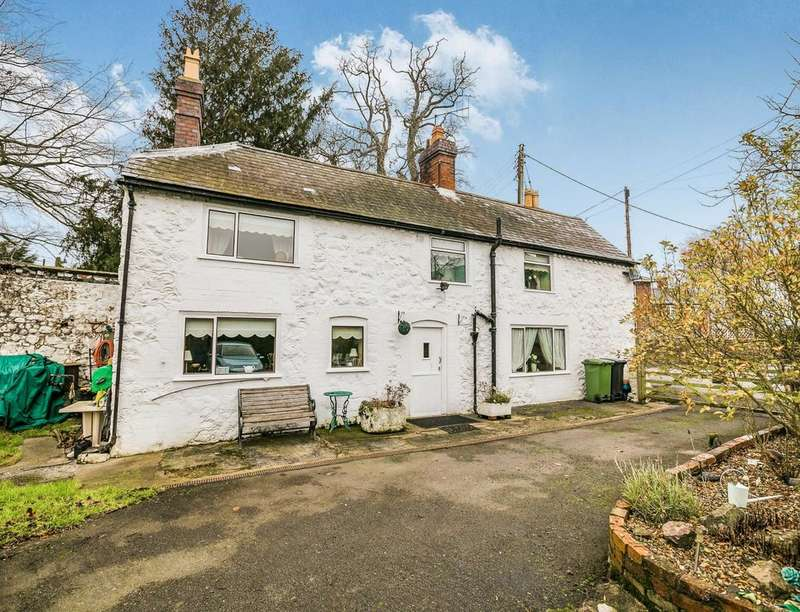 3 Bedrooms Detached House for sale in Pennal Cottage, Maesbury Marsh, Oswestry, SY10