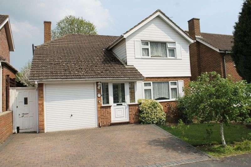 3 Bedrooms Detached House for sale in Burpham