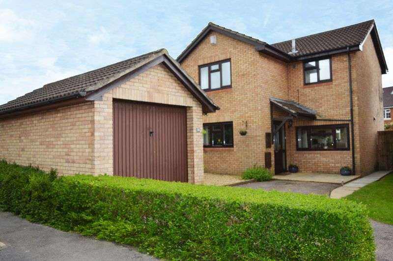3 Bedrooms Detached House for sale in Abergavenny