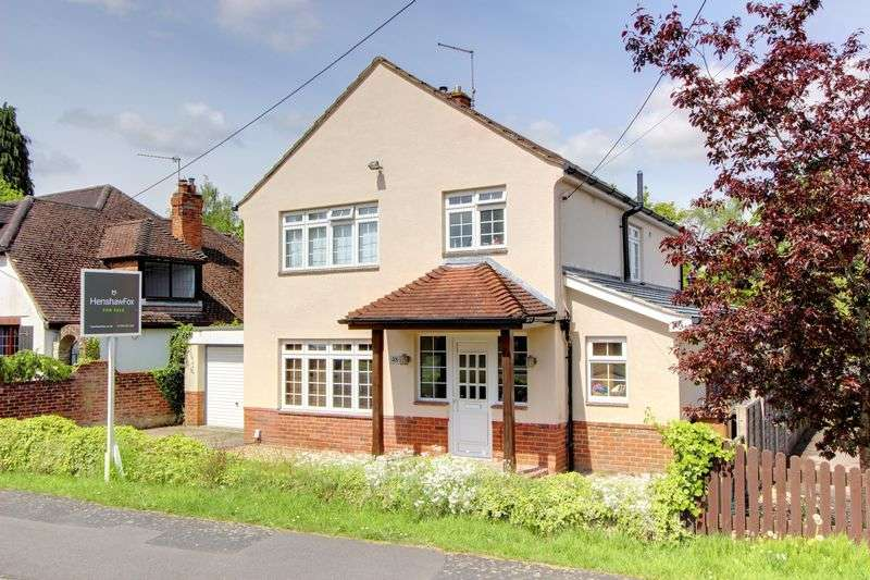 4 Bedrooms Detached House for sale in Crescent Road, North Baddesley, Hampshire
