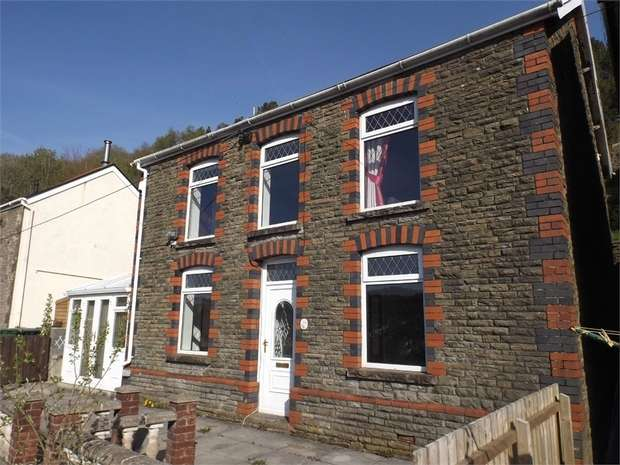 3 Bedrooms Detached House for sale in Dyffryn Road, Alltwen, Pontardawe, Swansea, West Glamorgan