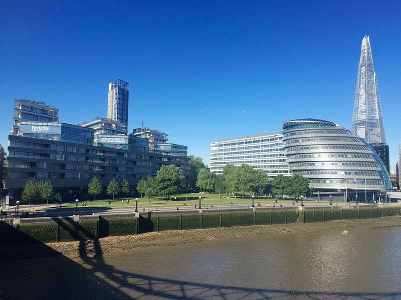 1 Bedroom Flat for sale in One Tower Bridge, Tudor House, Tower Bridge Road, London SE1