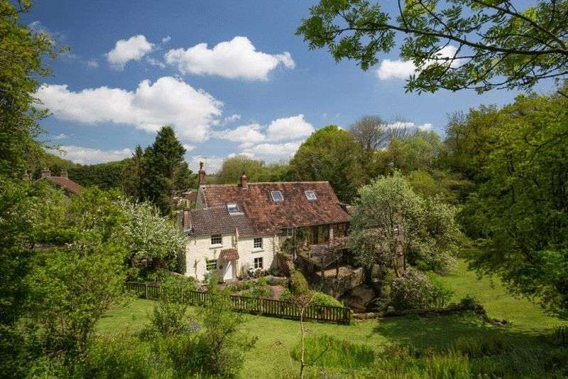 7 Bedrooms Detached House for sale in Country setting between Wells, Frome, Bristol and Bath, BS39 6EB