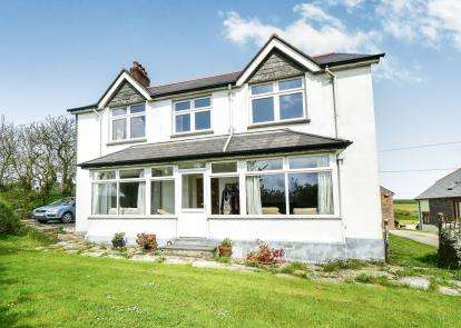 5 Bedrooms Detached House for sale in Boscastle, Cornwall