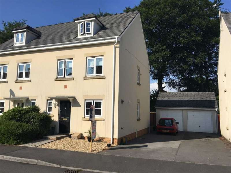 3 Bedrooms Property for sale in Parc Starling, Johnstown, Carmarthen