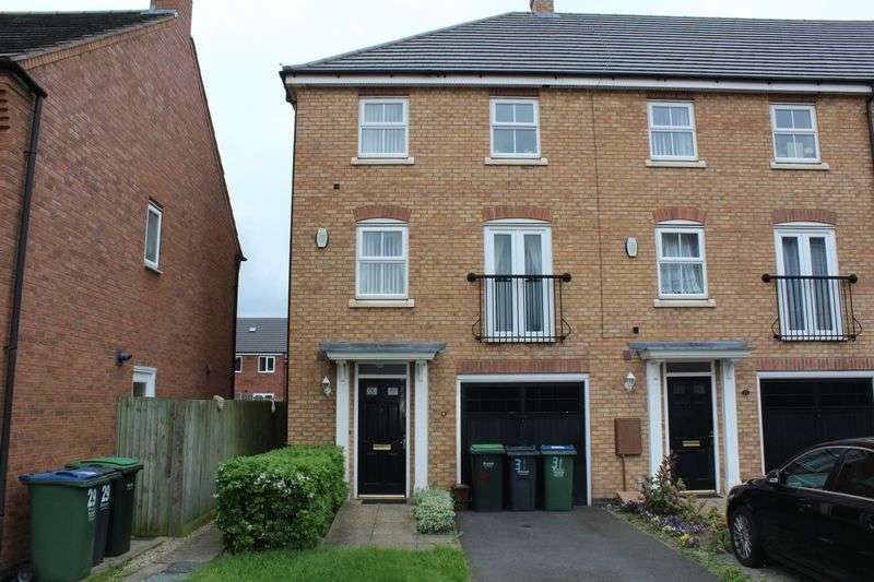 4 Bedrooms Terraced House for sale in Gough Drive, Tipton