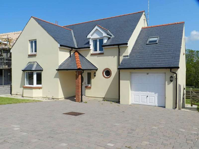 4 Bedrooms Detached House for sale in The Glades, Rosemarket, Milford Haven