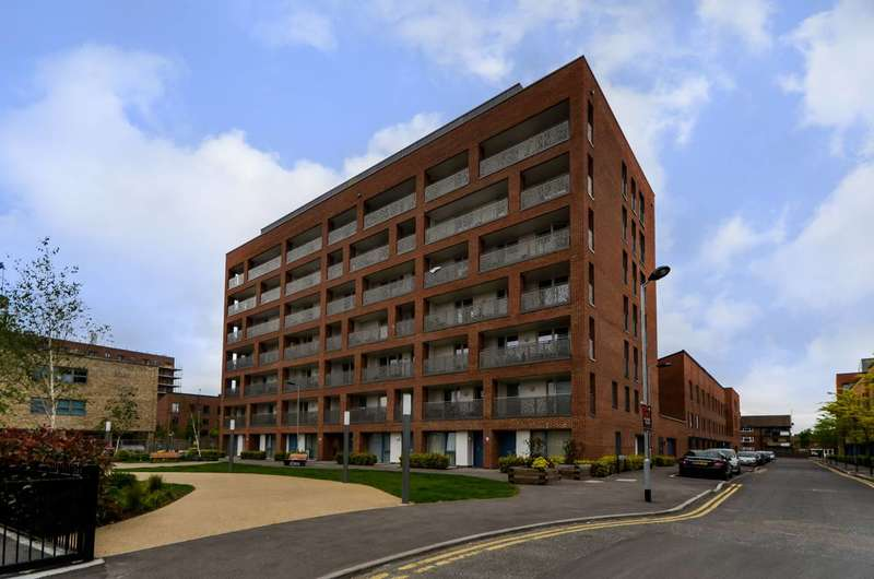 1 Bedroom Flat for sale in Maddison Court, Canning Town, E16