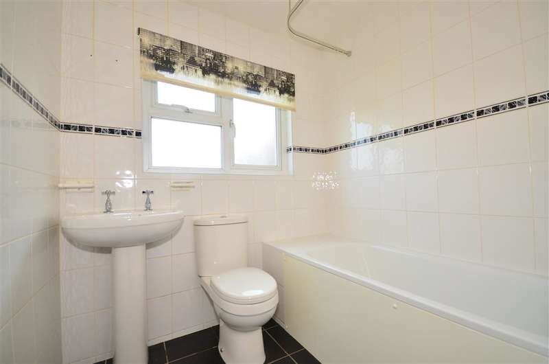 4 Bedrooms Town House for sale in York Street, Cowes, Isle of Wight