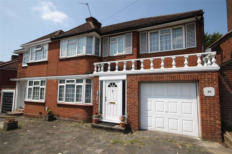 4 Bedrooms Semi Detached House for sale in Weston Drive, Stanmore, HA7
