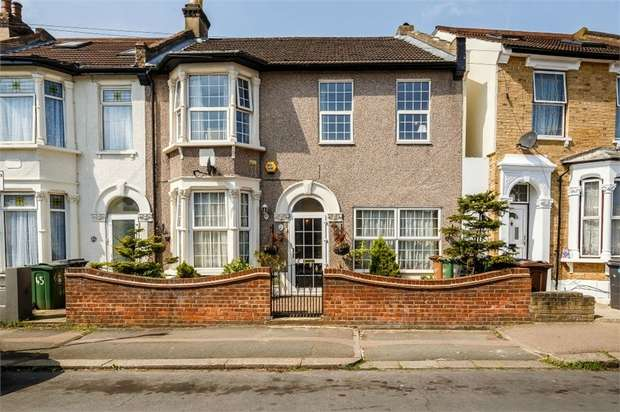 5 Bedrooms Semi Detached House for sale in Erskine Road, London