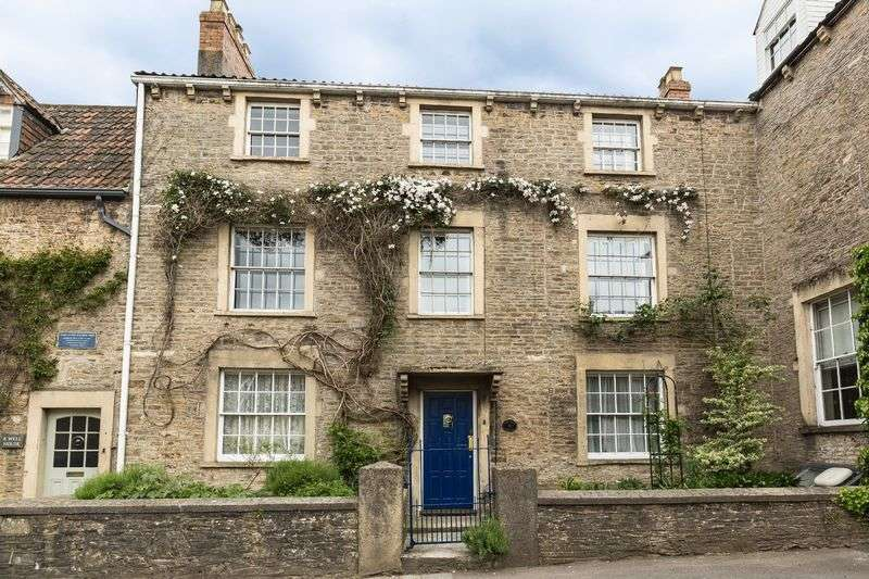5 Bedrooms Terraced House for sale in Vallis Way, Frome