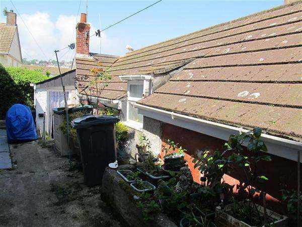 1 Bedroom Bungalow for sale in Mevagissey, Cornwall