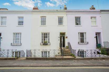 4 Bedrooms Town House for sale in Bath Parade, Cheltenham, Gloucestershire