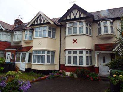 3 Bedrooms Terraced House for sale in Great Cambridge Road, Waltham Cross, Hertfordshire