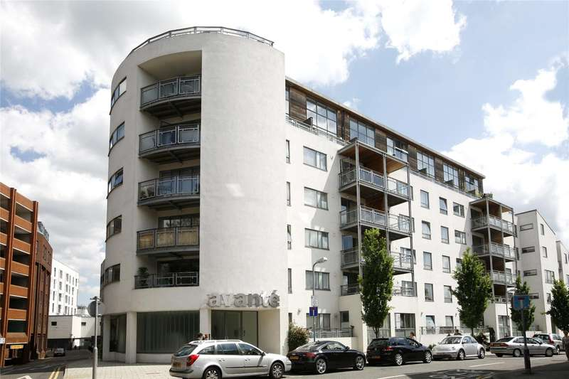 1 Bedroom Flat for sale in Avante Court, The Bittoms, Kingston Upon Thames, KT1