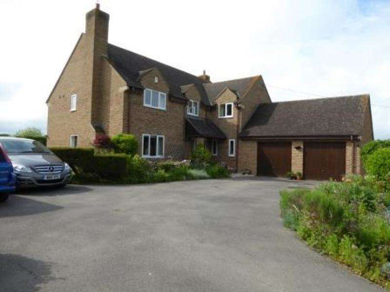 5 Bedrooms Detached House for sale in Canal Walk House