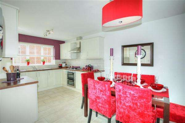 2 Bedrooms Bungalow for sale in Westward Ho!, Bideford