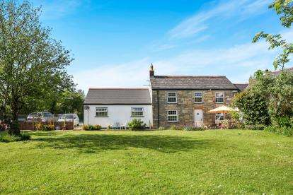 3 Bedrooms Land Commercial for sale in Truro, Cornwall