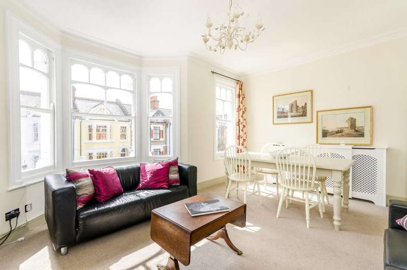 4 Bedrooms Maisonette Flat for sale in Harbord Street, Bishop's Park, SW6