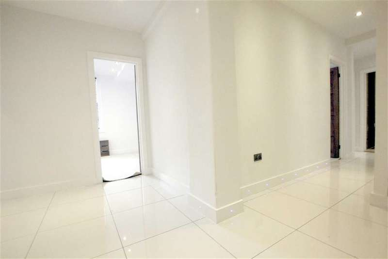 3 Bedrooms Property for sale in Queensway, Marble Arch, London