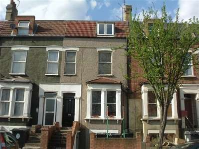 2 Bedrooms Flat for sale in Addison Road, London