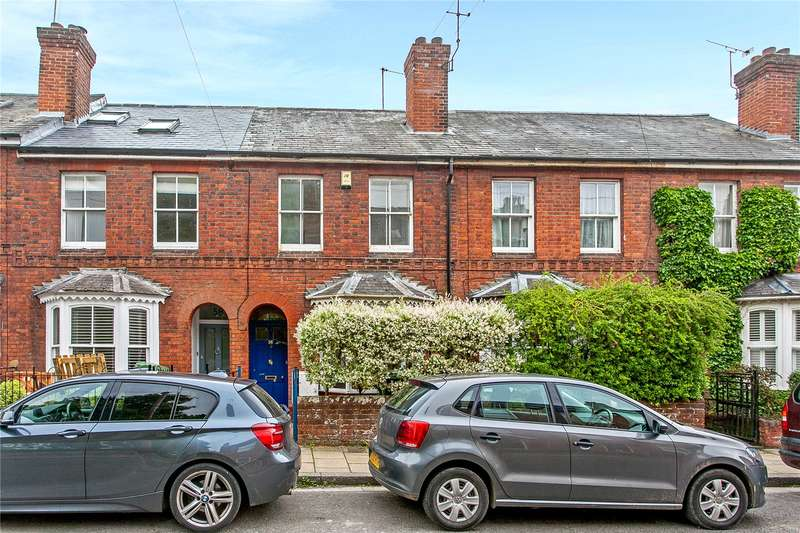 3 Bedrooms Terraced House for sale in Middle Brook Street, Winchester, Hampshire, SO23