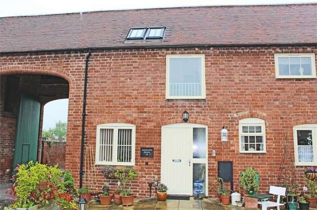 2 Bedrooms End Of Terrace House for sale in Millers Croft, Malvern, Worcestershire