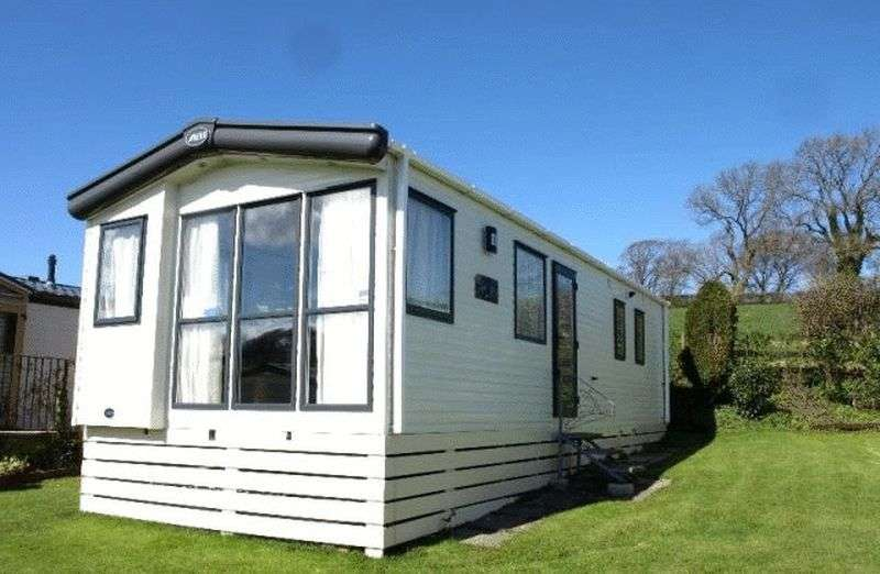 2 Bedrooms Bungalow for sale in Pitch BT 7, Slyne Caravan Park, Lancaster, Lancashire, LA2 6BG
