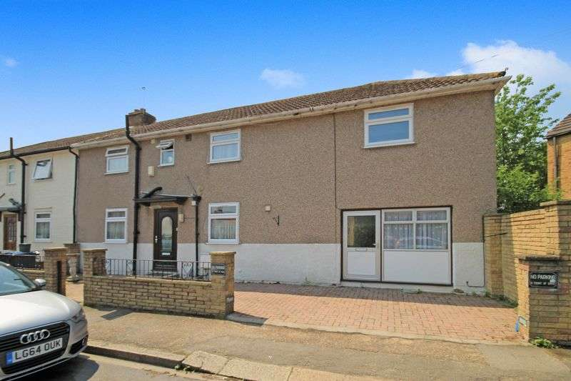 4 Bedrooms Semi Detached House for sale in Bingley Road, Greenford