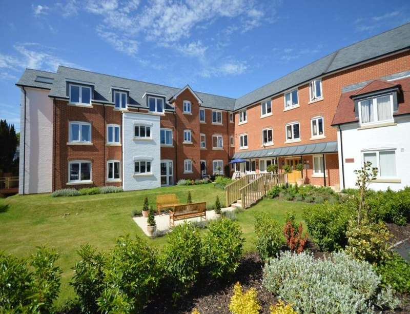 1 Bedroom Flat for sale in Abbey Lodge Bridge Road, Romsey, SO51