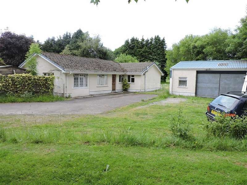 4 Bedrooms Property for sale in Penrhiwllan, Llandysul