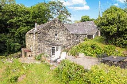 4 Bedrooms House for sale in Eisingrug, Talsarnau, Gwynedd, LL47