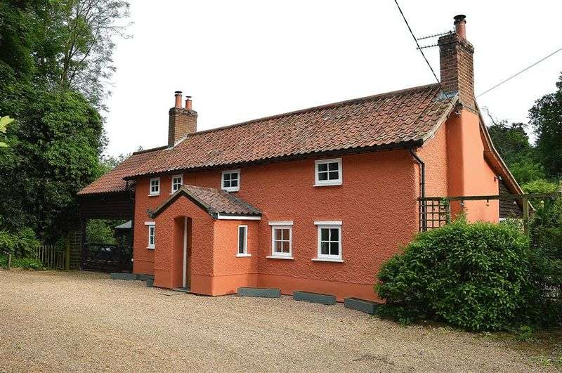 3 Bedrooms Detached House for sale in Mere Road Stow Bedon
