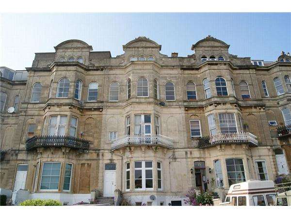 2 Bedrooms Flat for sale in Atlantic Road, WESTON SUPER MARE