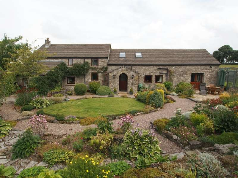 4 Bedrooms Barn Conversion Character Property for sale in Higher Hallsteads, Dove Holes, High Peak, Derbyshire, SK17 8BZ