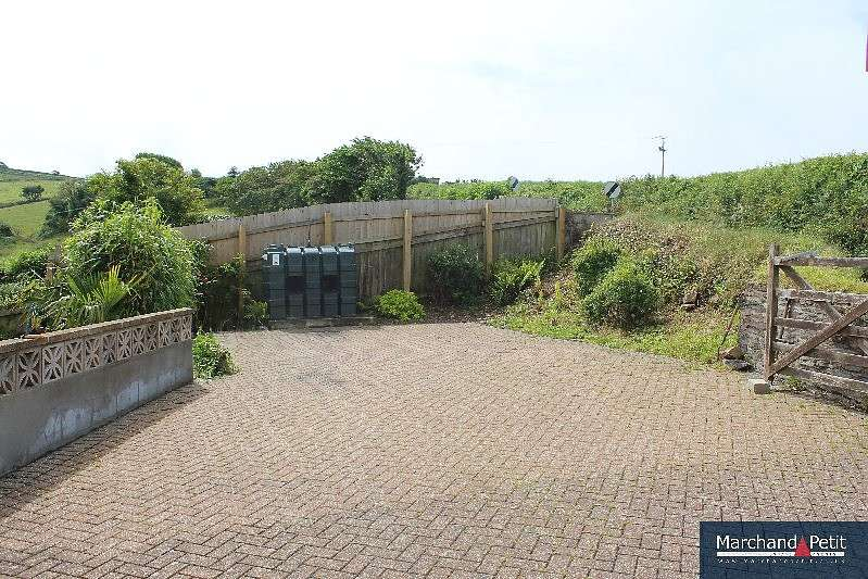 4 Bedrooms House for sale in 27 Anderton Rise, Millbrook, Cornwall, PL10 1DA