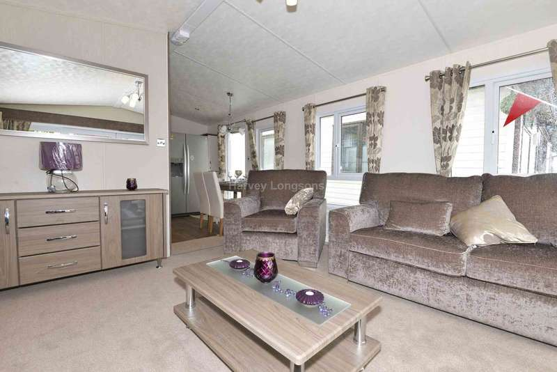 2 Bedrooms Caravan Mobile Home for sale in Seasalter. Kent