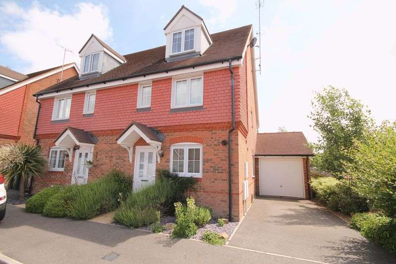 4 Bedrooms Semi Detached House for sale in Chestnut Drive, Hassocks, West Sussex,