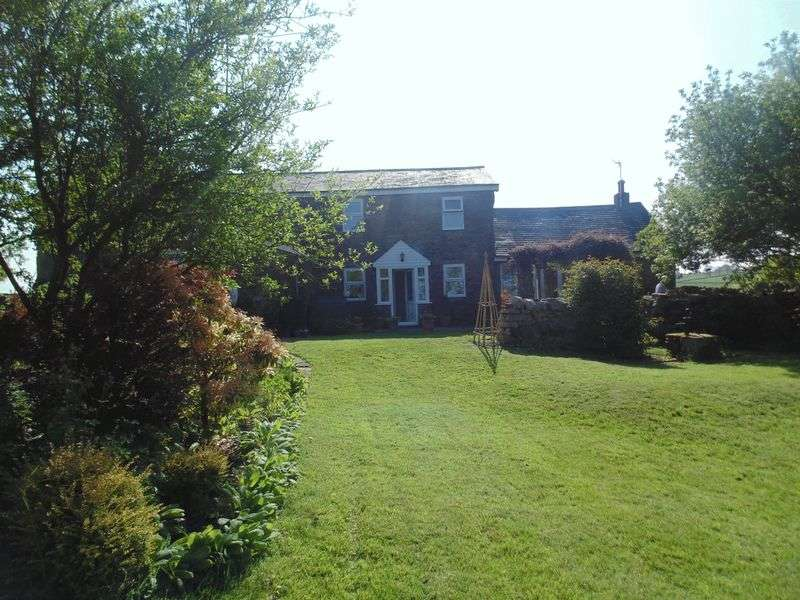 4 Bedrooms Detached House for sale in Stanegate, Bardon Mill