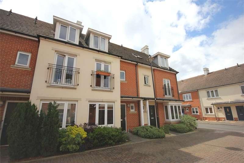 3 Bedrooms Terraced House for sale in Browne Close, Woking, Surrey, GU22