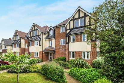 1 Bedroom Flat for sale in Tudor Lodge, 335 Warwick Road, Solihull, West Midlands