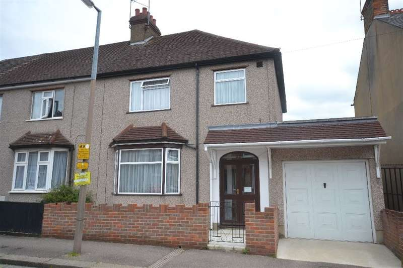 3 Bedrooms Semi Detached House for sale in Sandringham Road, Watford, Herts, WD24