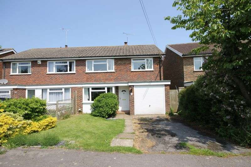 4 Bedrooms Semi Detached House for sale in East View Fields, Plumpton Green, East Sussex