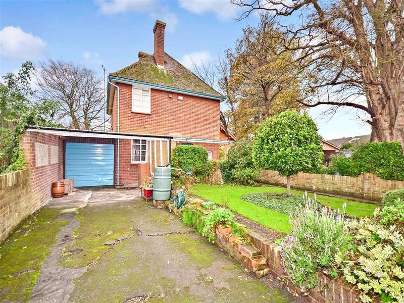 3 Bedrooms Detached House for sale in West Dumpton Lane, Ramsgate, Kent