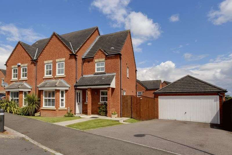 5 Bedrooms Detached House for sale in Ffordd Camlas, Newport