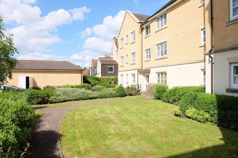 2 Bedrooms Flat for sale in Beaconsfield Road, Bexley